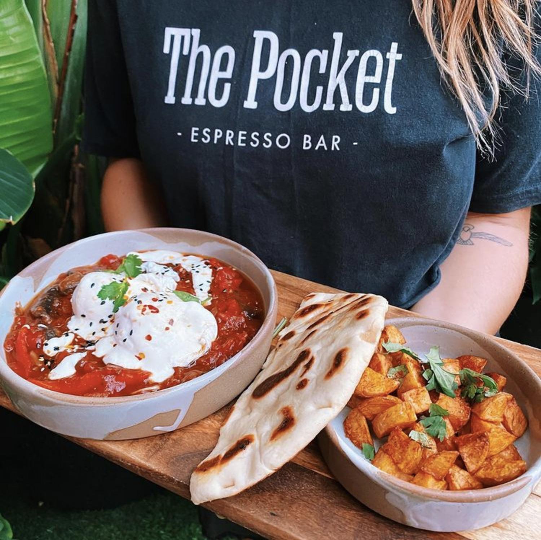 Food at The Pocket, Moffat Beach